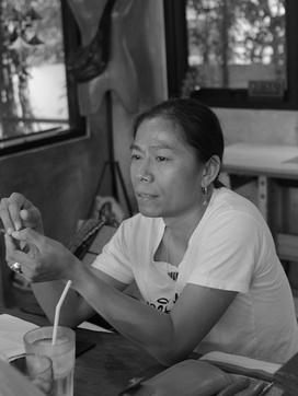 革製品のパートナー工房「GUATE」はオーナーデザイナーであるMana Promrat氏によって1995年にタイ・バンコクで誕生した革製品の工房です。